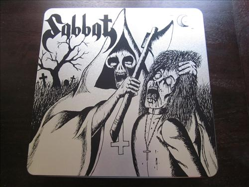 Sabbat box top front